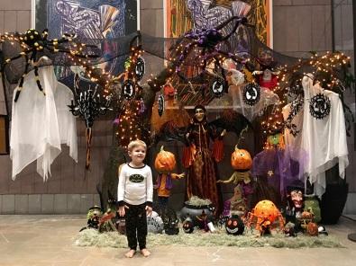 halloween_lobby_10-12-16