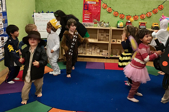 halloween_party_10-31-16