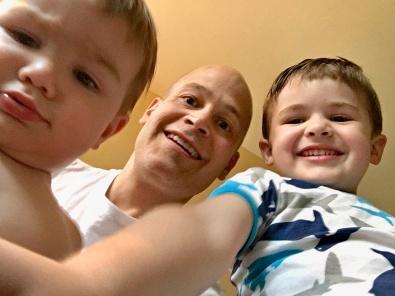 triple_selfie_05.08.17
