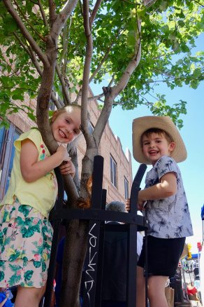 tree_climbing_cousins_07.15.17