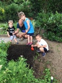 WMP_gardening1_06.20.18