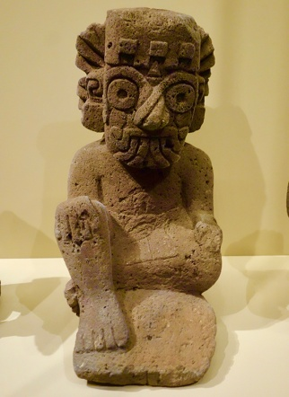 Mexican_stone_carving_NMAI