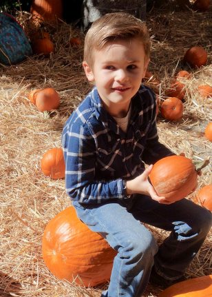 Henry_pumpkin_patch_10.19.19