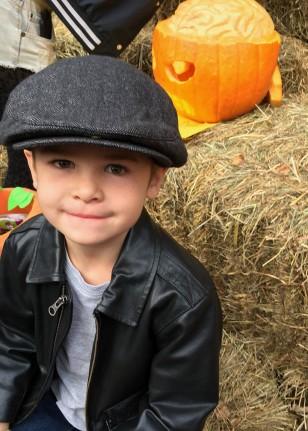 Henry_pumpkins_10.26.19